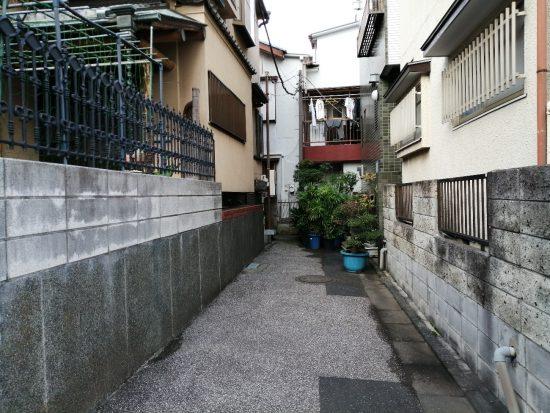 李君は江戸川区の路上で職務質問され逮捕された