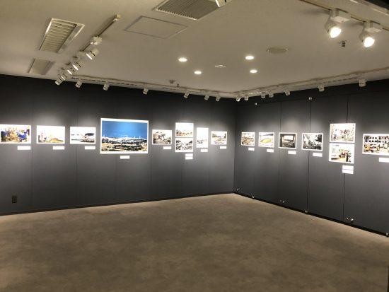 この写真展では東日本大震災をはじめ、その後10年間に全国各地で起きた災害のリアルな姿を伝えている