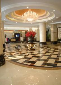 七宝山ホテル