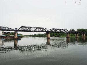 クウェー河鉄橋