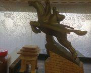 千里馬像や凱旋門の模型