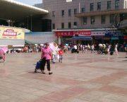 大連駅の広場
