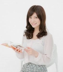 知的な雰囲気の松川佑衣子