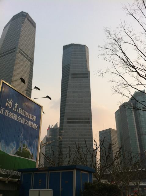 中国人シングルマザー投資家が確実に儲けてきた超攻撃的な投資手法とは?