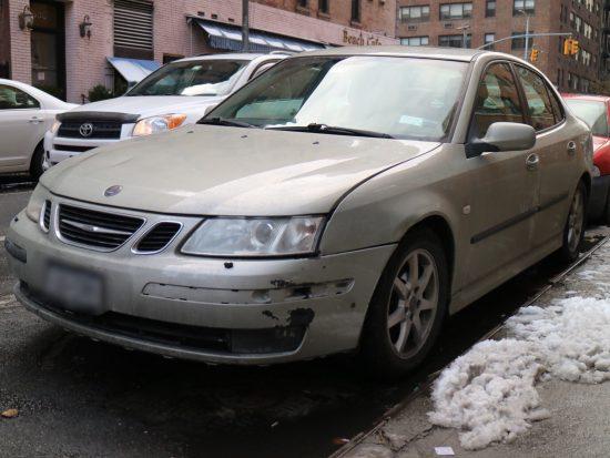 SAABの車