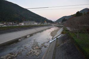 昭和橋から下流側