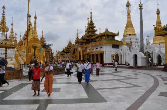 ヤンゴンにて