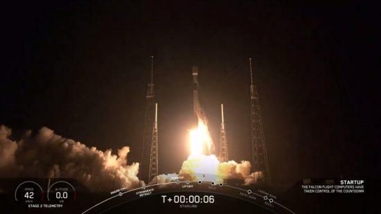 「ファルコン9」ロケットの打ち上げ
