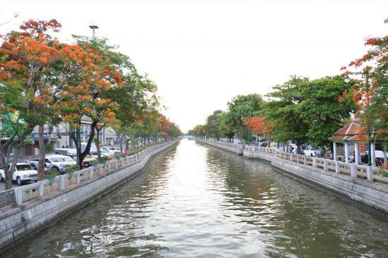 バンコクの旧市街と新市街を分ける運河