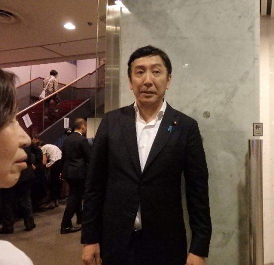 演説会の主催者、菅原一秀衆議院議員