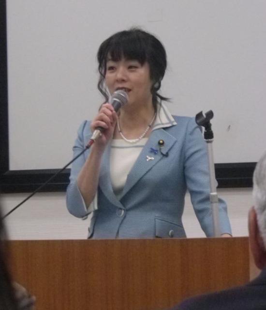 勝共連合ダミー団体主催の会で講演する杉田水脈議員