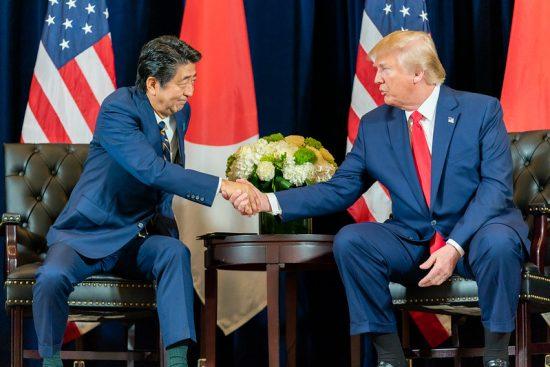 日米貿易協定の合意に達した安倍総理とトランプ大統領