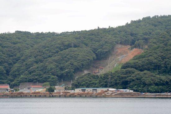 内浦湾より撮影した音海ヤード整備工事現場