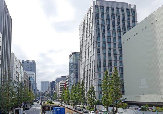 日本橋にあるオンワードホールディングス本社