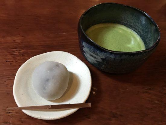 和菓子と抹茶