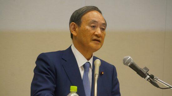 総裁選出馬会見を行う菅官房長官