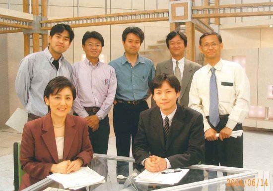 「クローズアップ現代」放送後の記念写真。後列中央が筆者