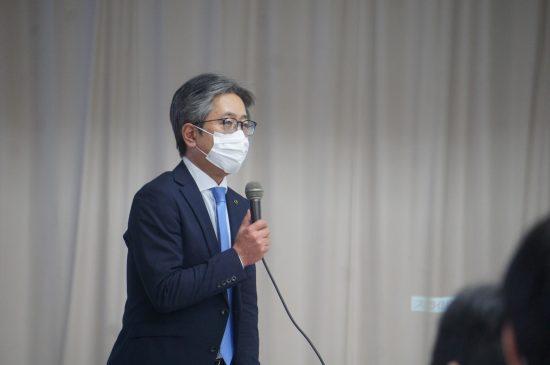 市民との対話集会で語る厚谷司・夕張市長